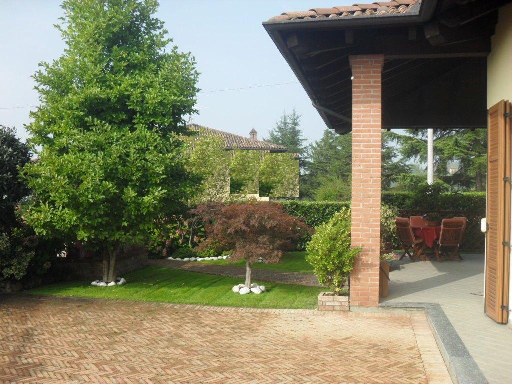 Villa in vendita a Castelletto Monferrato, 5 locali, zona Zona: Giardinetto, Trattative riservate | CambioCasa.it