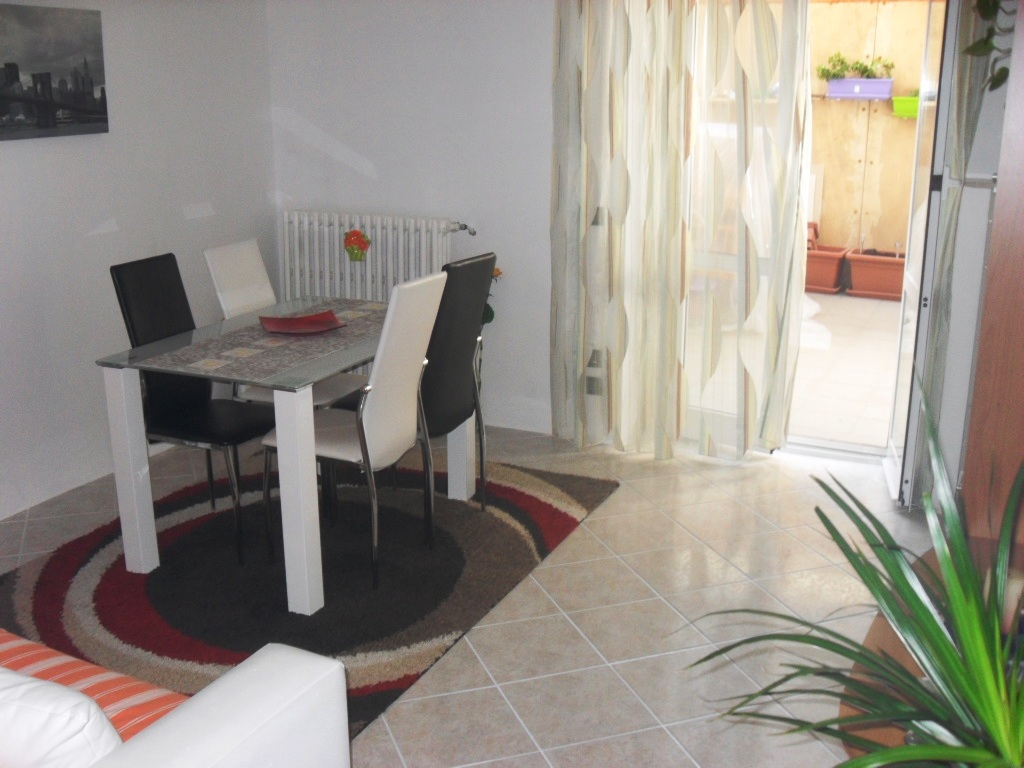 Appartamento in vendita a Alessandria, 4 locali, zona Località: VillaggioEuropa, prezzo € 66.000 | PortaleAgenzieImmobiliari.it