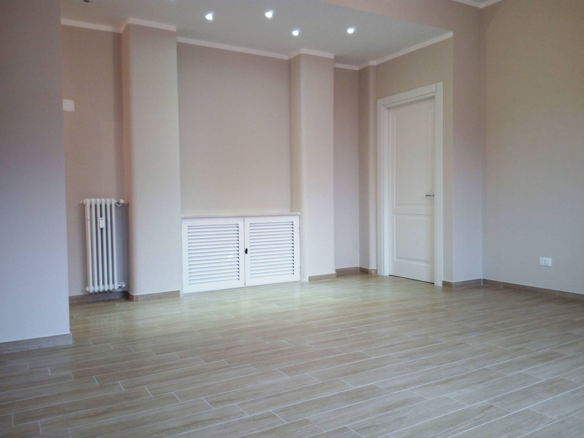 Vendita 5 Locali Appartamento Alessandria 30439