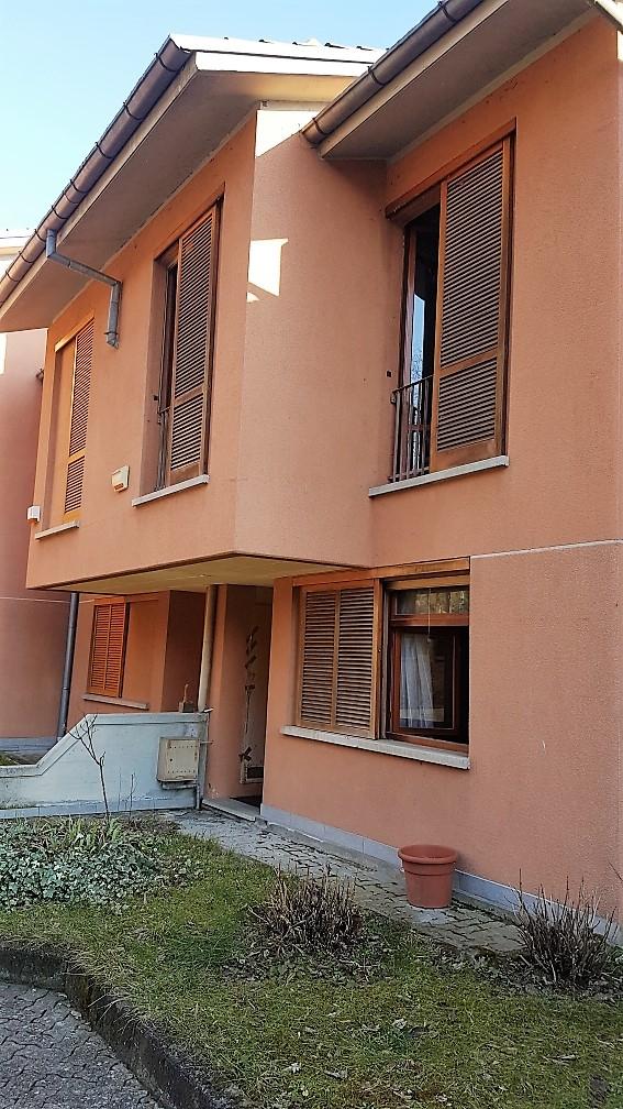 Villa a Schiera in vendita a Castelletto Monferrato, 6 locali, prezzo € 150.000 | CambioCasa.it