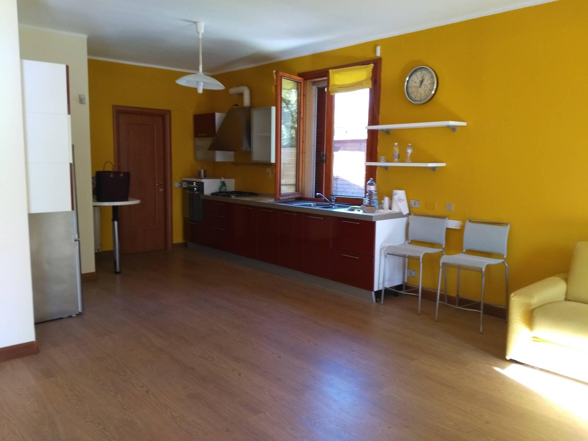 Villa a Schiera in vendita a Castelletto Monferrato, 7 locali, zona Località: Gerlotti, prezzo € 190.000 | CambioCasa.it