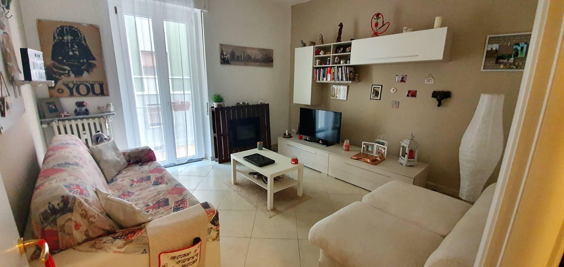 Appartamento in vendita a Alessandria, 3 locali, zona Località: VillaggioEuropa, prezzo € 60.000 | CambioCasa.it