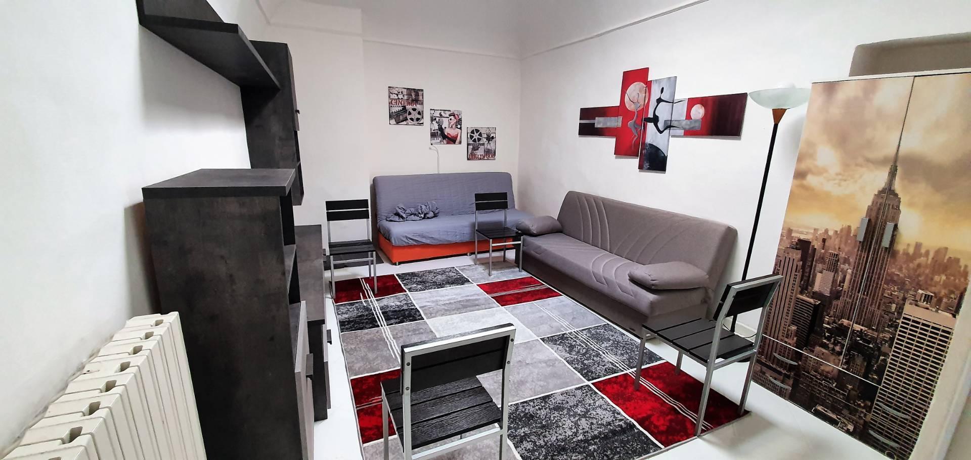 Appartamento in affitto a Alessandria, 3 locali, zona Località: Centro-P.zzaGaribaldi, prezzo € 350 | PortaleAgenzieImmobiliari.it