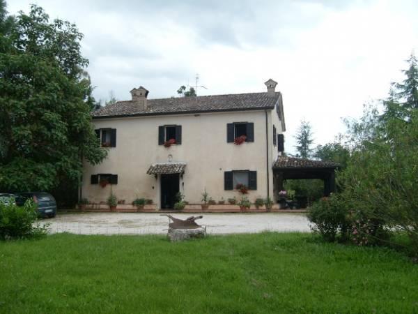Soluzione Indipendente in vendita a Posta Fibreno, 14 locali, Trattative riservate | Cambio Casa.it