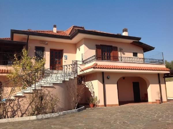 Villa Bifamiliare in Vendita a Veroli