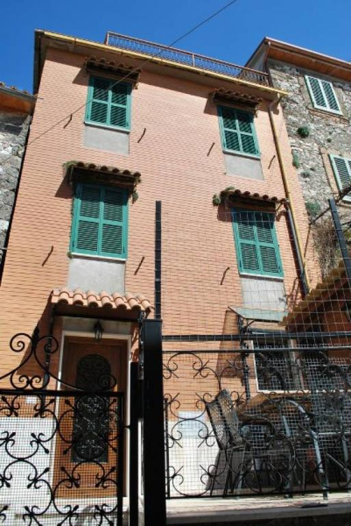 Soluzione Indipendente in vendita a Arpino, 5 locali, prezzo € 125.000   Cambio Casa.it