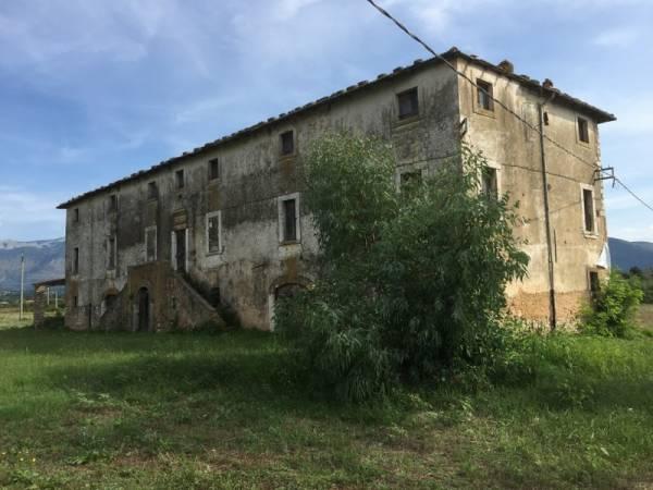 Rustico / Casale in vendita a Priverno, 50 locali, zona Zona: Ceriara, prezzo € 585.000 | Cambio Casa.it