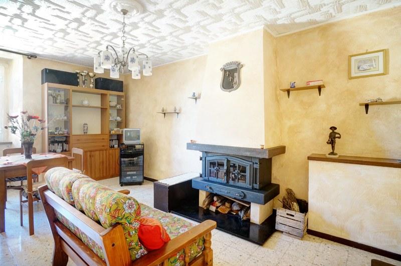 Appartamento in vendita a Arpino, 6 locali, prezzo € 70.000 | Cambio Casa.it