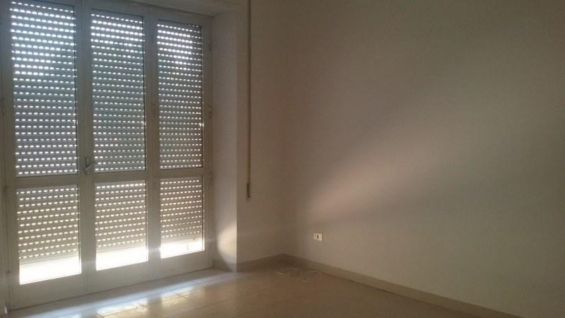 Appartamento in affitto a Roccasecca, 7 locali, zona Località: Stazione, prezzo € 400 | CambioCasa.it