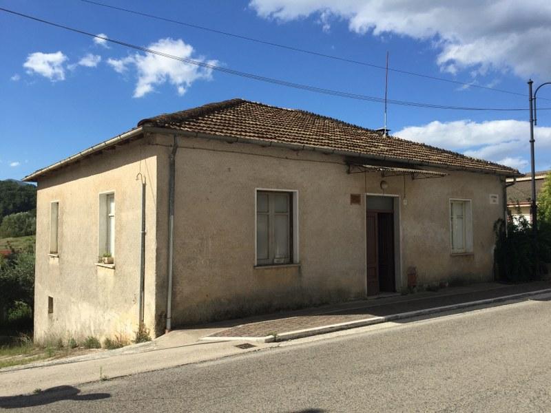 Soluzione Indipendente in vendita a Vicalvi, 7 locali, prezzo € 75.000 | Cambio Casa.it