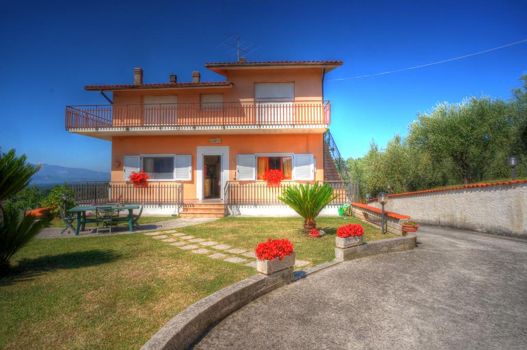 Casa indipendente in vendita a colfelice cod ac99 2655 for Piani di casa con garage indipendente e guest house