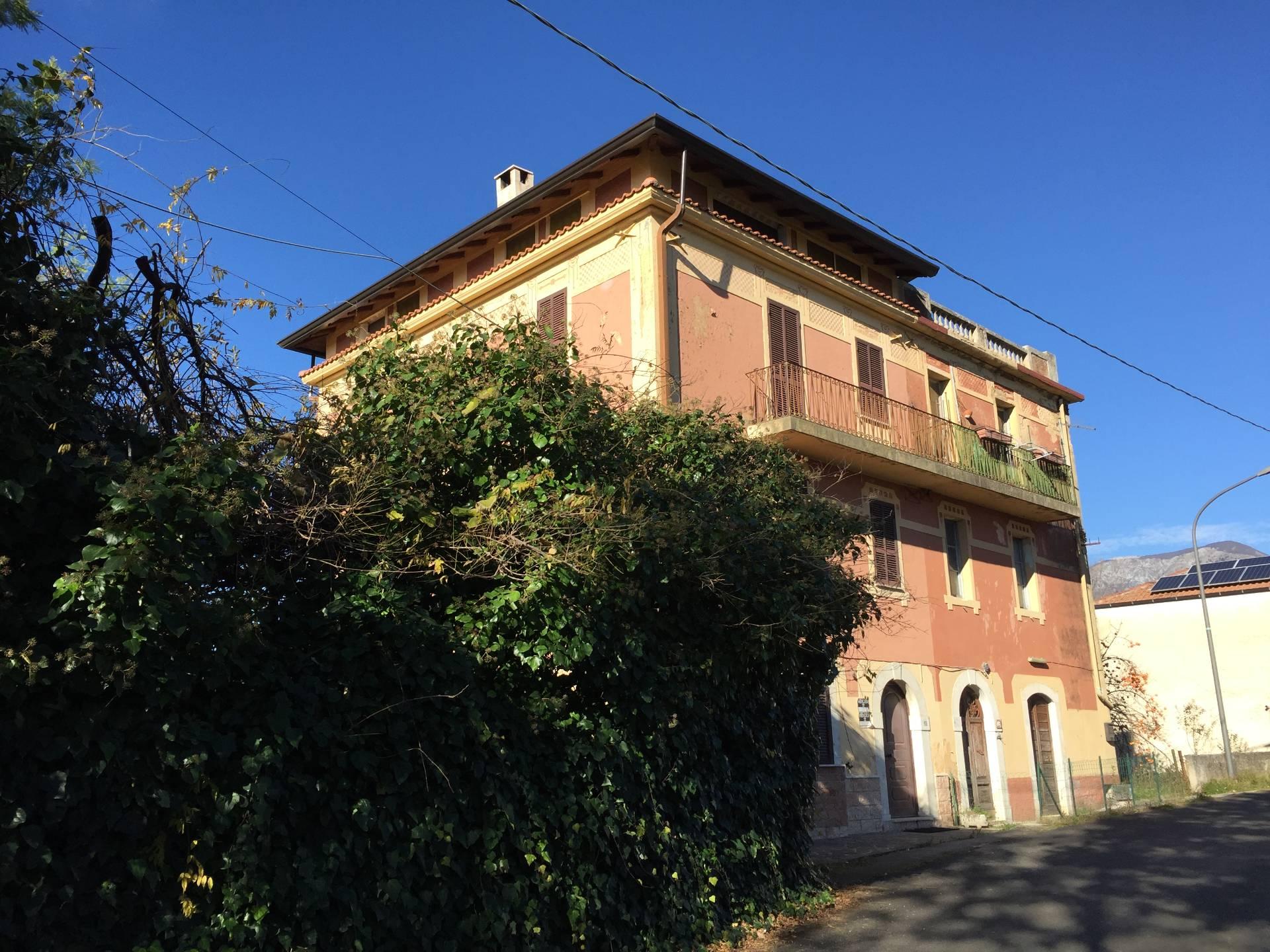 Casa indipendente in vendita a settefrati cod ac99 2686 for 4 piani casa 3 bagni