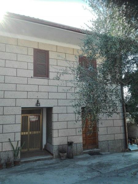 Soluzione Indipendente in vendita a Torrice, 10 locali, prezzo € 149.000 | CambioCasa.it