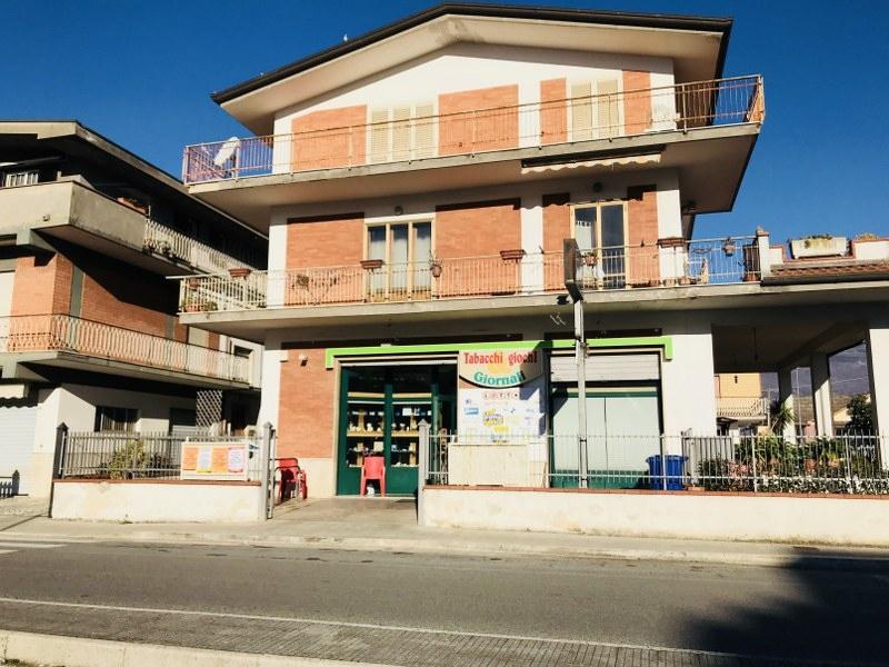 Attività / Licenza in vendita a Isola del Liri, 9999 locali, Trattative riservate | CambioCasa.it