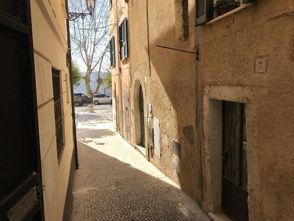 Negozio / Locale in vendita a Arpino, 9999 locali, prezzo € 25.000 | CambioCasa.it