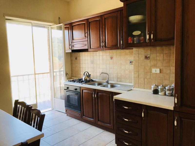 Appartamento in affitto a Isola del Liri, 6 locali, prezzo € 400 | CambioCasa.it