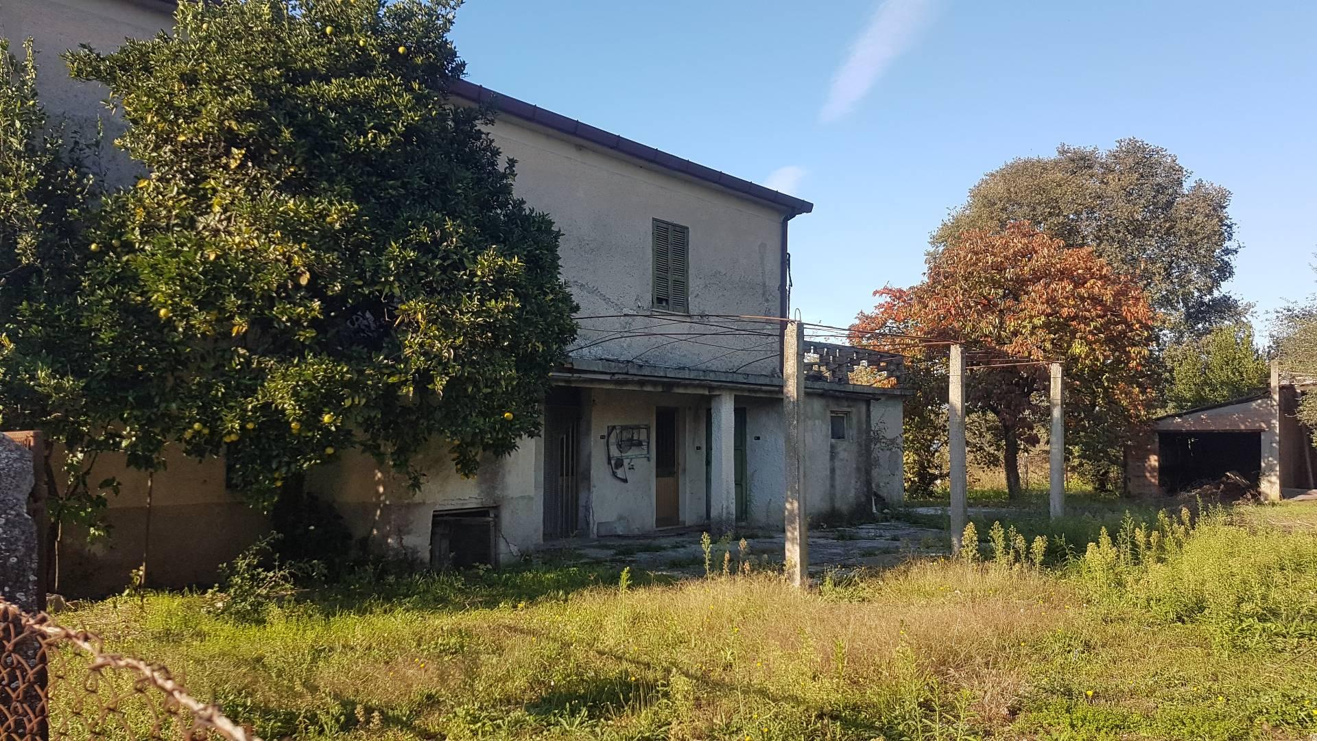 Casale di campagna in vendita a roccasecca cod ac99 175 - Ristrutturare casale di campagna ...