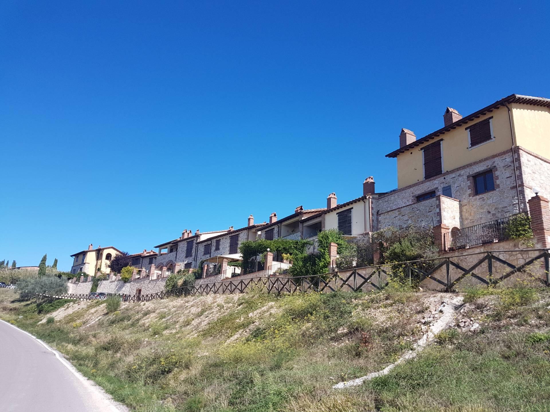 Appartamento in vendita a Collazzone, 5 locali, prezzo € 148.000 | CambioCasa.it