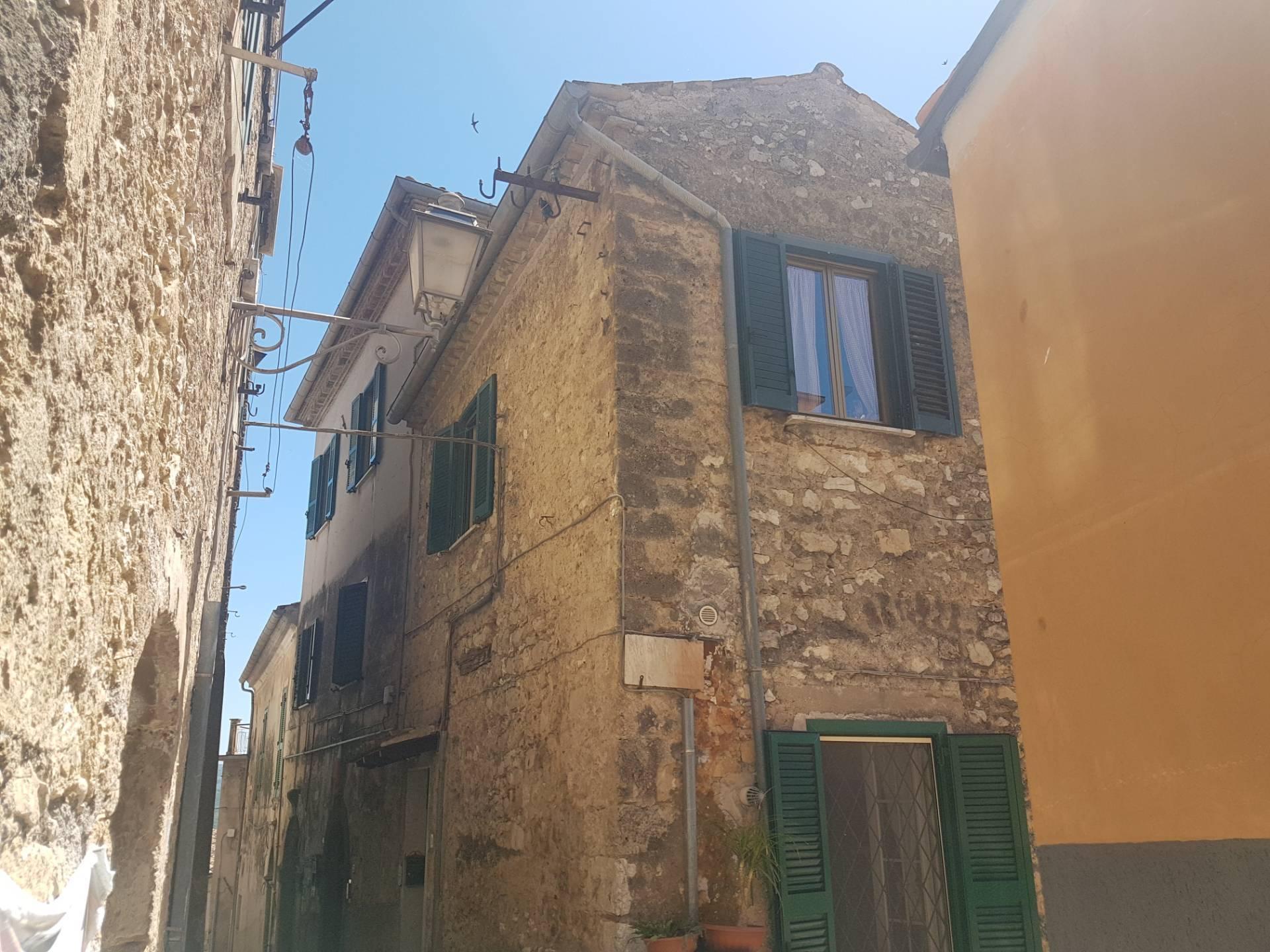 Attico / Mansarda in vendita a Monte San Giovanni Campano, 5 locali, prezzo € 49.000 | PortaleAgenzieImmobiliari.it