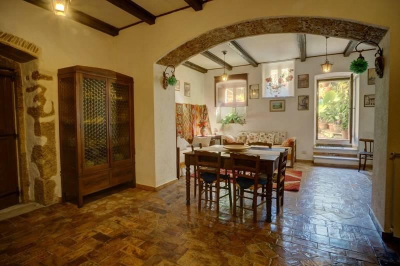 Appartamento in vendita a Arpino, 6 locali, prezzo € 95.000 | PortaleAgenzieImmobiliari.it