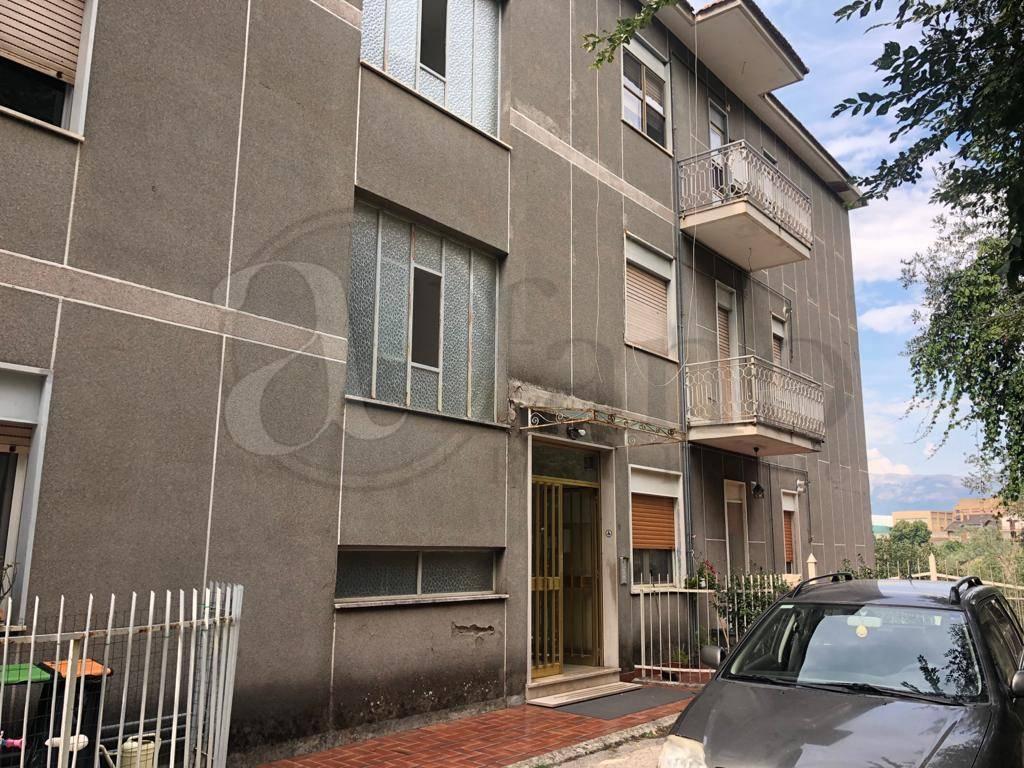 Appartamento in vendita a Arpino, 8 locali, prezzo € 98.000 | PortaleAgenzieImmobiliari.it
