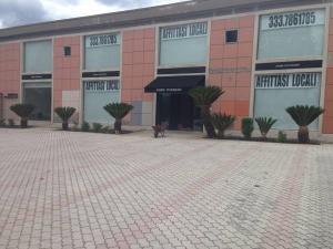 Locale commerciale in Affitto a Castrocielo