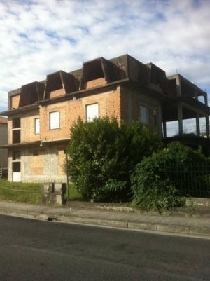 Palazzo intero stabile in Vendita a Broccostella