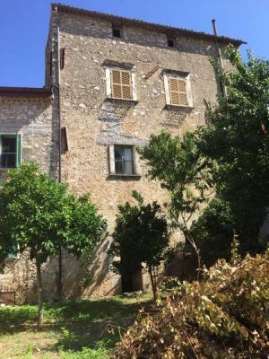 Abitazioni tipiche storiche in Vendita a Falvaterra