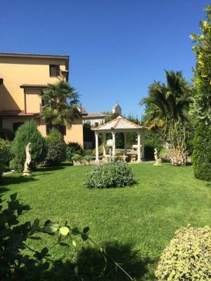 Villa bifamiliare in Vendita a Arpino