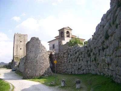 Abitazioni tipiche storiche in Vendita a Arpino