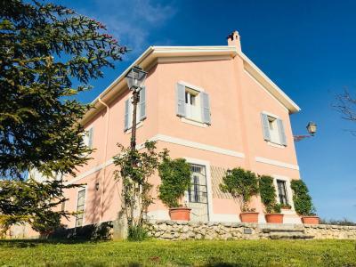 Villa in Vendita a Isola del Liri