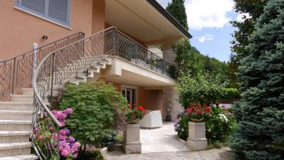 Villa in Vendita a Atina