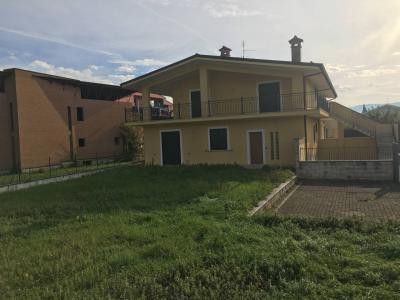 Villa quadrifamiliare in Vendita a Sora
