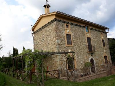 Casale di campagna in Vendita a Arce
