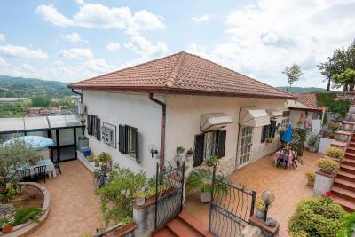 Casa indipendente in Vendita a Castelliri