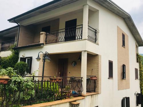 Villa trifamiliare in Vendita a Civita d'Antino