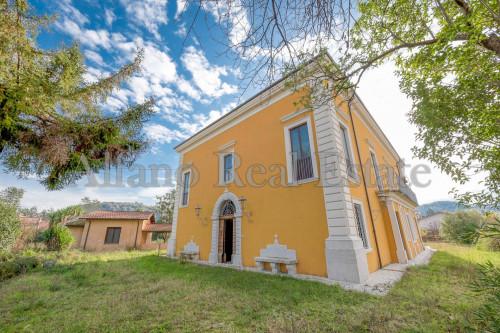 Casa/villa d'epoca in Vendita a Isola del Liri