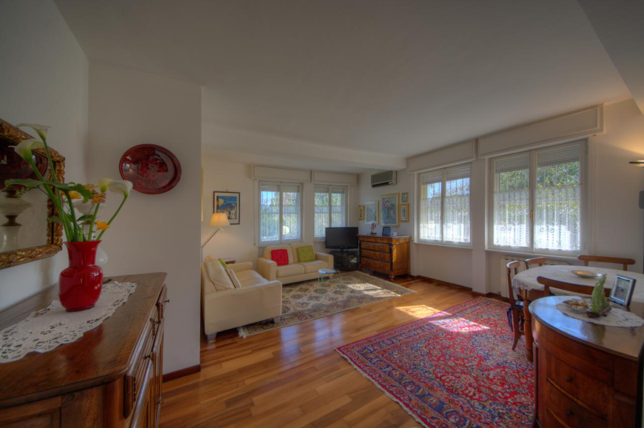 Appartamento in vendita a Loano, 5 locali, zona Località: ConfineBoissano, prezzo € 390.000 | CambioCasa.it