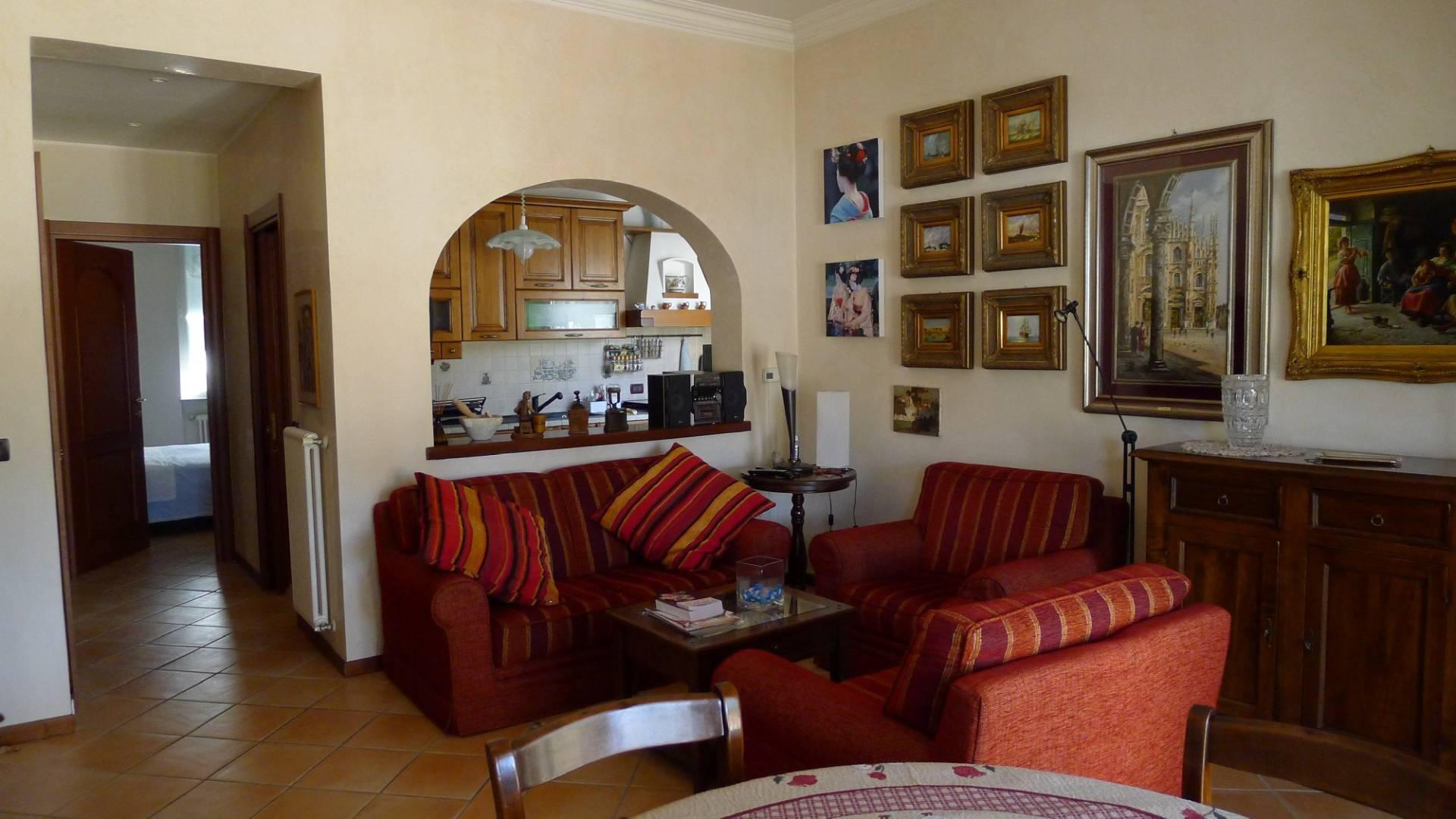 Villa in vendita a Loano, 5 locali, zona Località: 200metridallespiagge, Trattative riservate | Cambio Casa.it