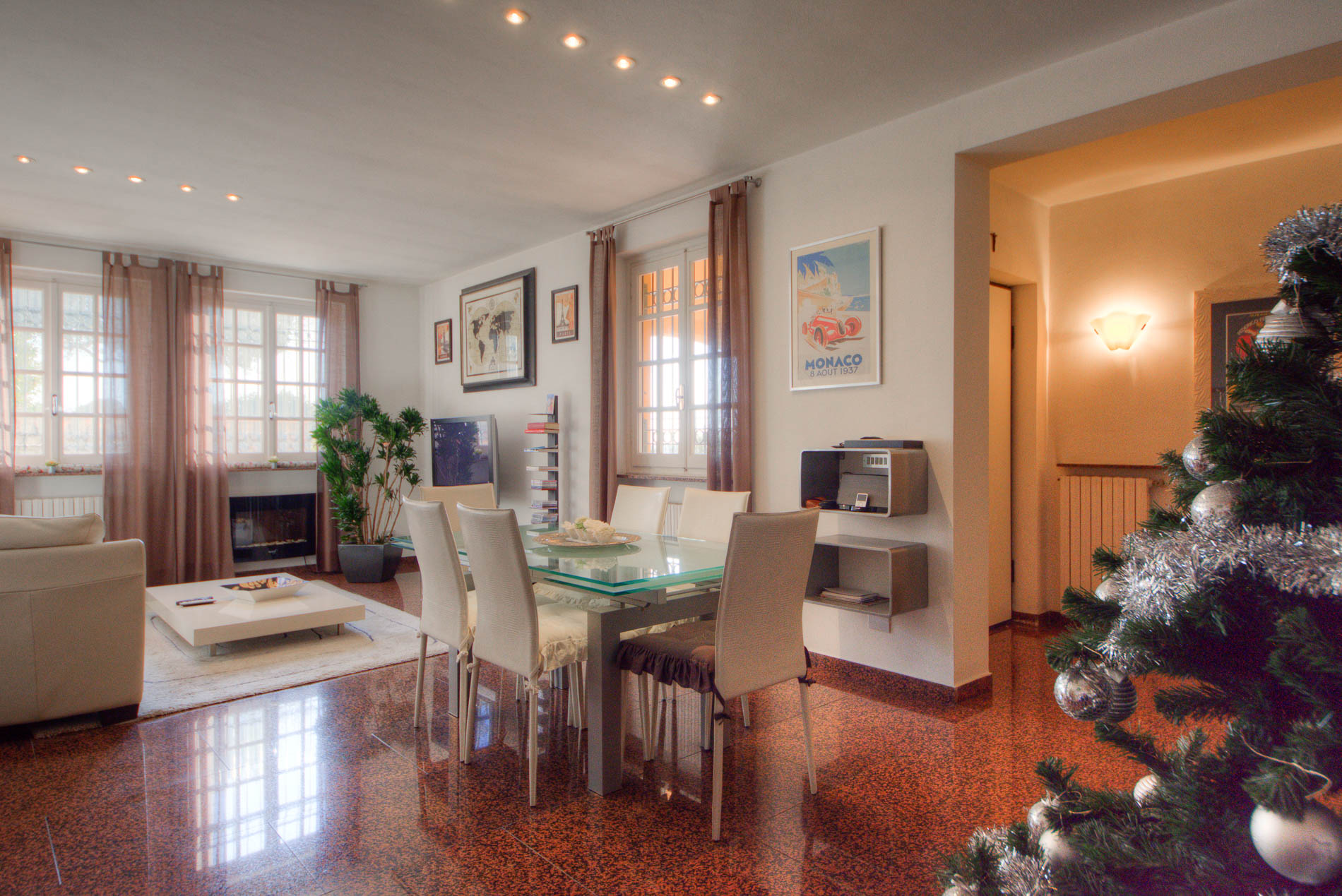 Villa in vendita a Loano, 8 locali, zona Località: BorgoCastello, Trattative riservate | Cambio Casa.it