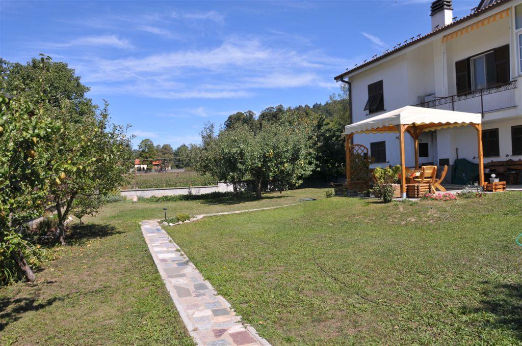 Villa in Vendita a Calizzano
