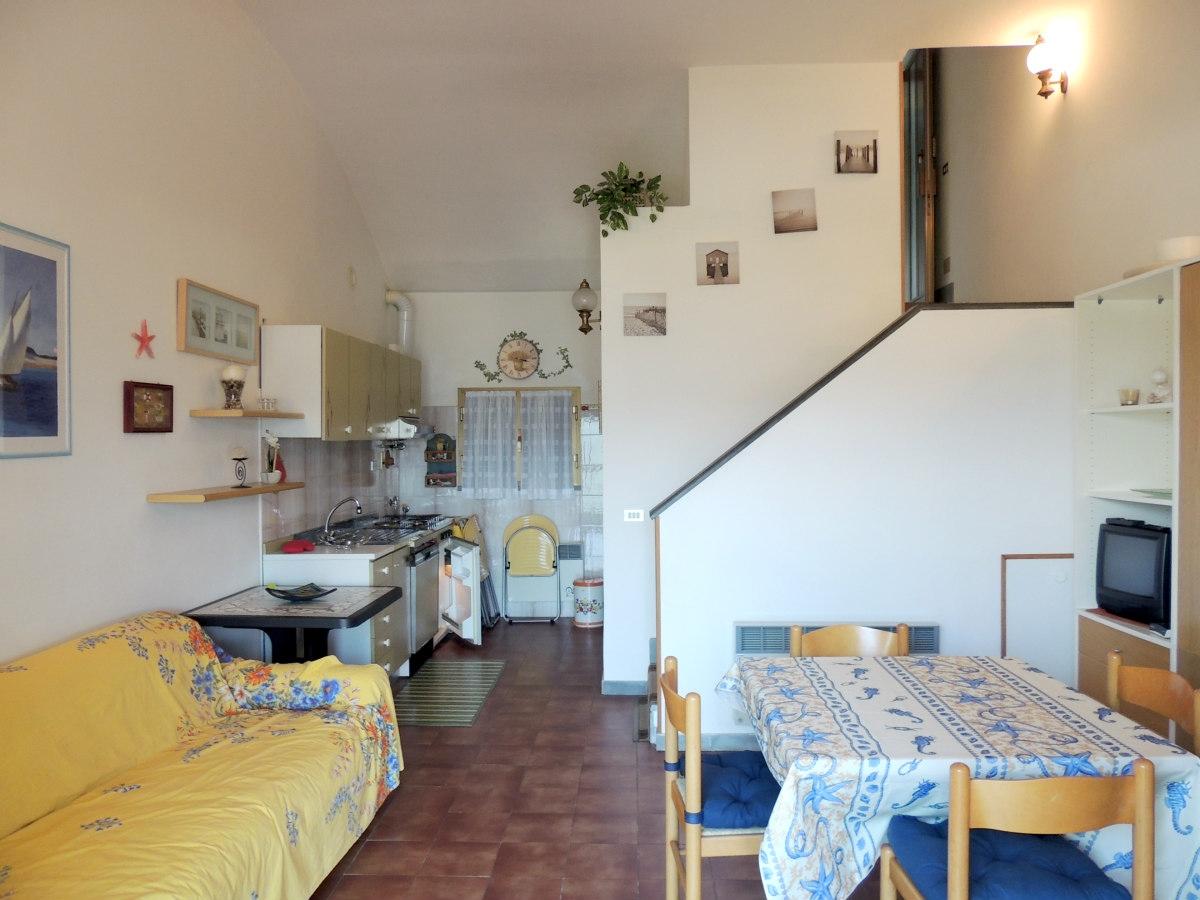 Appartamento in vendita a Finale Ligure, 1 locali, zona Località: SanBernardino, prezzo € 100.000 | CambioCasa.it