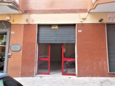 Locale commerciale in Vendita a Torre del Greco
