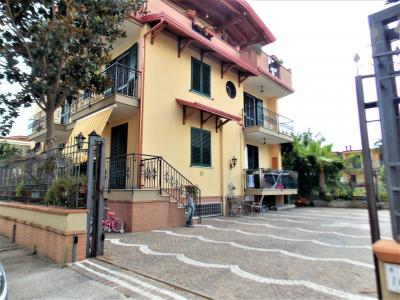 Villa trifamiliare in Vendita a Acerra