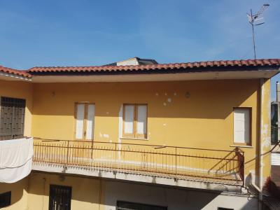 Palazzo intero stabile in Vendita a Casalnuovo di Napoli