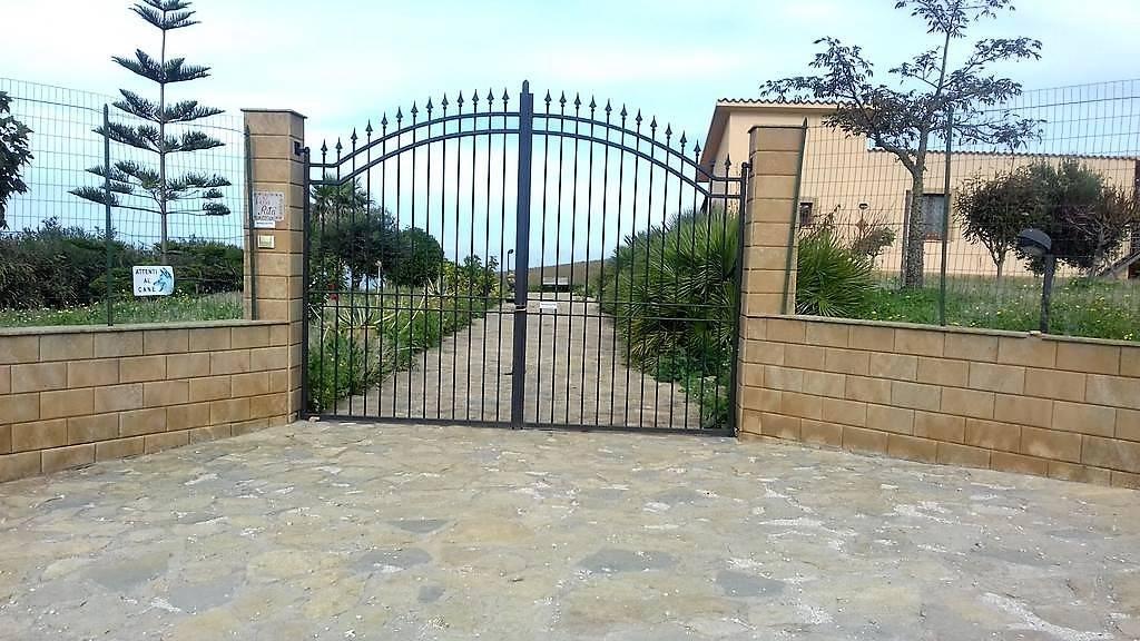 Villa in vendita a Partinico, 3 locali, prezzo € 180.000 | CambioCasa.it