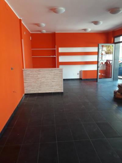 Fondo/negozio in Affitto a Chieti