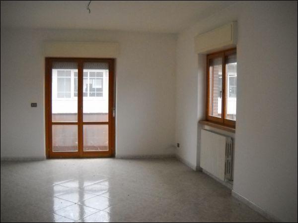 Appartamento in affitto a Ascoli Piceno, 9999 locali, zona Località: Marino, prezzo € 700 | CambioCasa.it