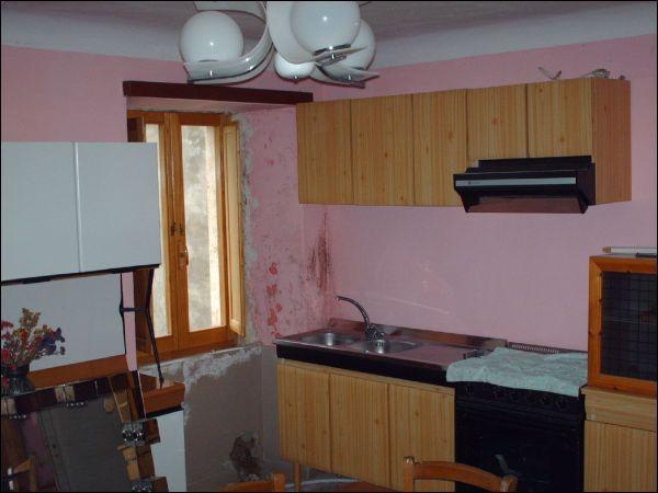 Rustico / Casale in vendita a Montegallo, 9999 locali, prezzo € 120.000 | CambioCasa.it