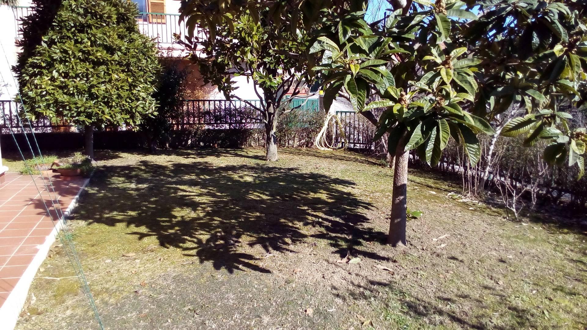 Villa in vendita a Ascoli Piceno, 9 locali, zona Località: ValleSenzana, prezzo € 395.000 | Cambio Casa.it
